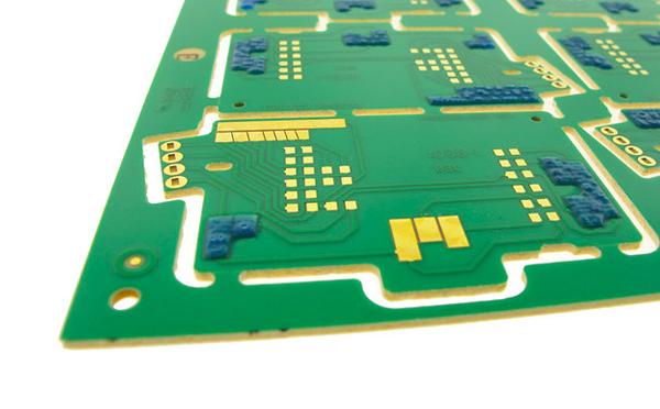 PCB材质选用不当.jpg
